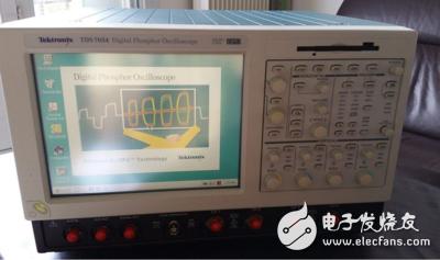 诚信收购泰克TDS7054荧光示波器