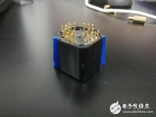请问各位大佬知道这个插座是什么吗?完全找不到