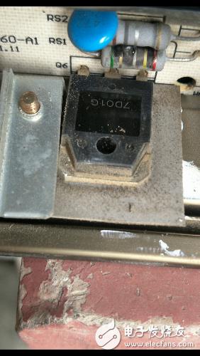 请问12V8A开关电源上的大功率元件标注是7D01G是什么元件