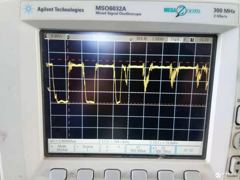 请问D类功放栅极驱动信号在加大电压工作时有毛刺是怎么回事