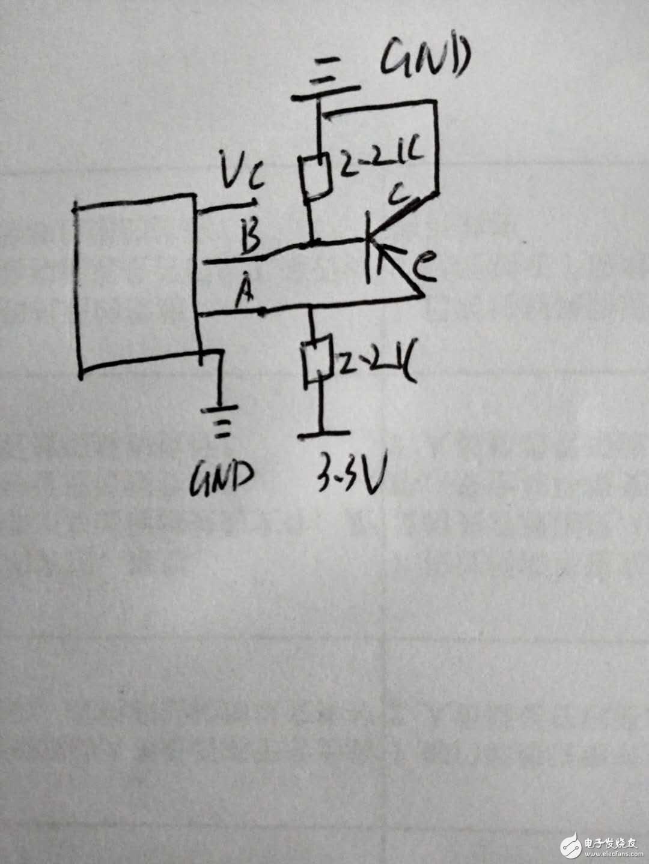 谁能解释下这个485电路输出端AB间加三极管的作用?