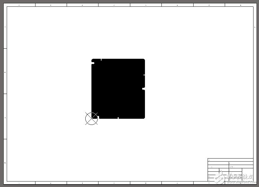 AD中xing)趺蔥薷CB中的白色模板區域