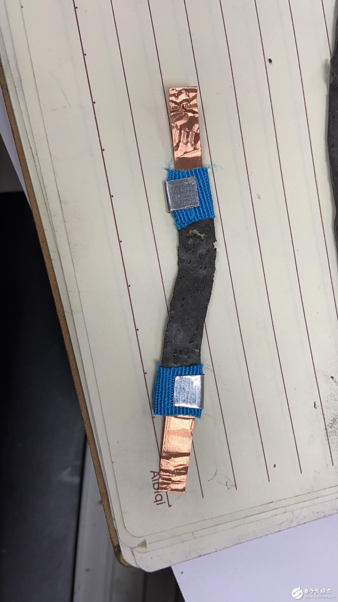 请教一下如何简便有效给传感器封装电极?
