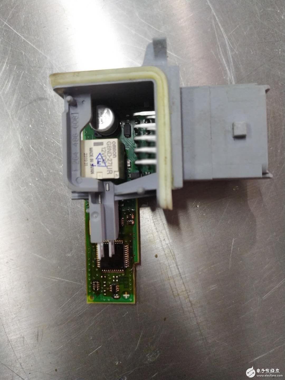 求上海大众朗逸左电动车窗控制单元J386模块内部原理图