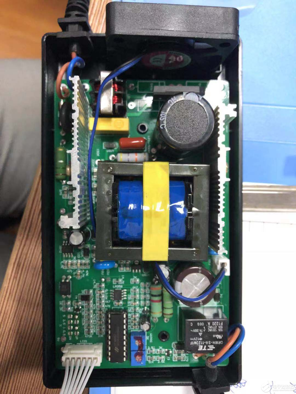 充電電量顯示力萌電動車充電器為啥沒有涓流充電?